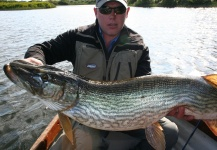 Mark Houlihan 's Fly-fishing Catch of a Pike – Fly dreamers