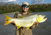 Mau Velho 's Fly-fishing Catch of a Salminus franciscanus – Fly dreamers