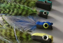 Fly-tying for Peacock Bass - Picture by Kid Ocelos