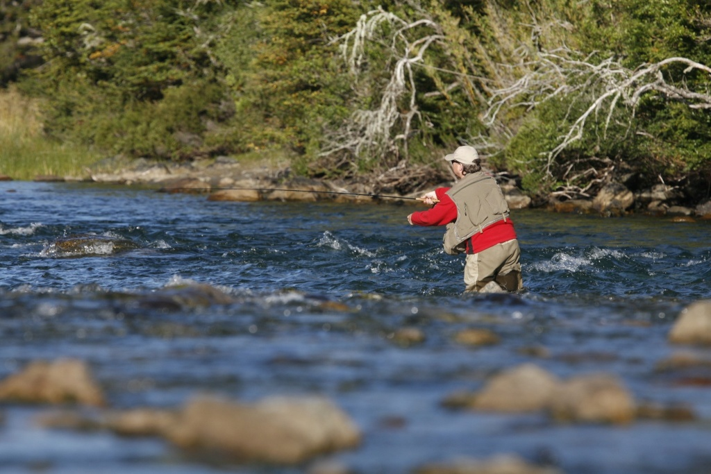 Rio manso lodge fly fishing lodge fly dreamers directory for Rio fly fishing