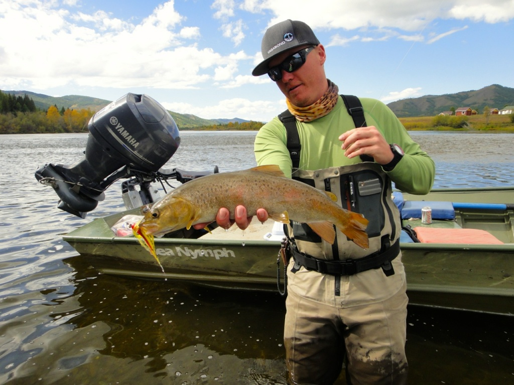 Jako lucas fly fishing guide casting instructor fly for Fly fishing book