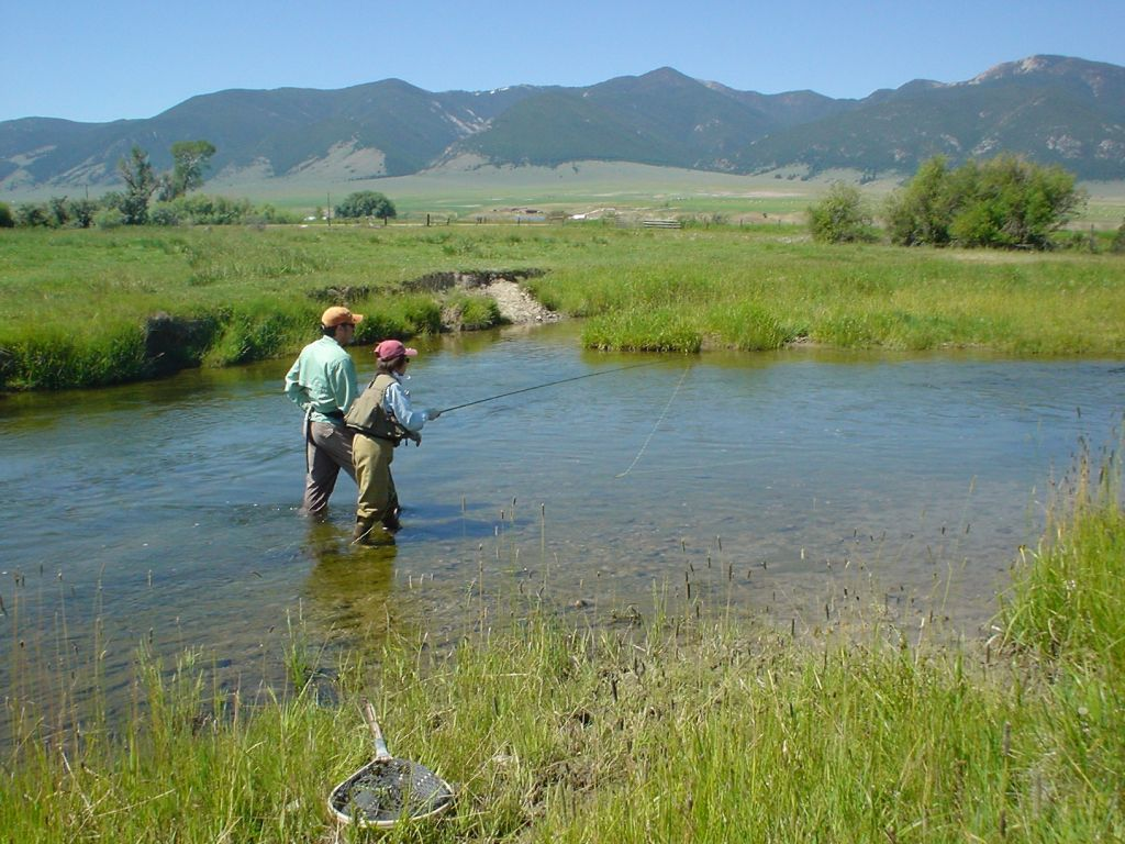 Fishtales outfitting fly fishing outfitter fly for Fly fishing outfitters