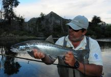 Luis San Miguel 's Fly-fishing Photo of a Sebago Salmon – Fly dreamers