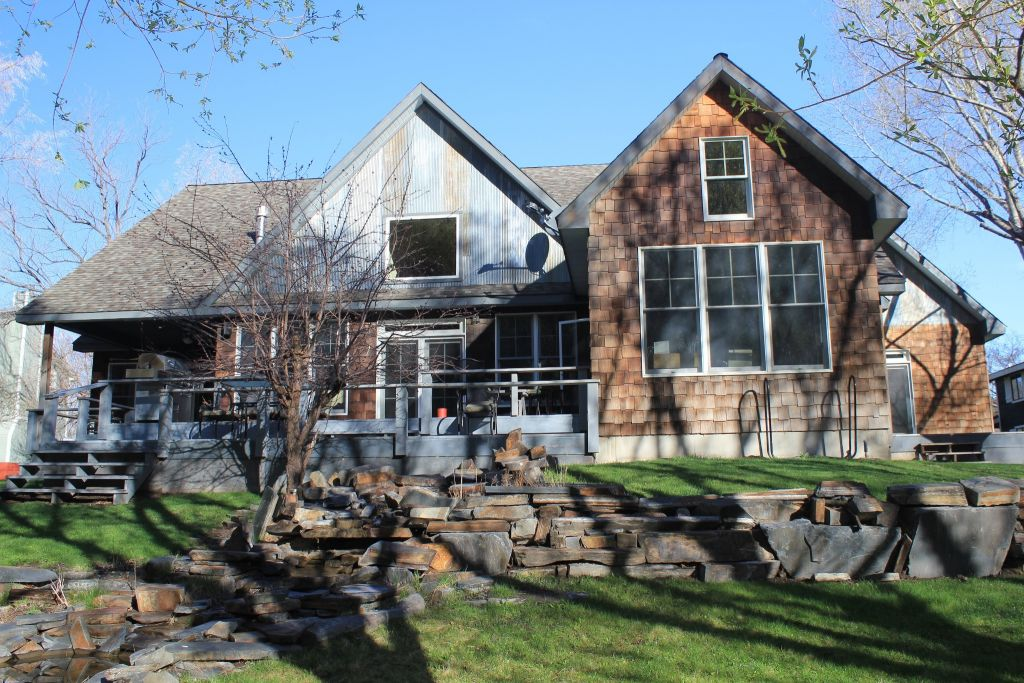 Flatwater lodge fly fishing lodge fly dreamers directory for Montana fishing lodges