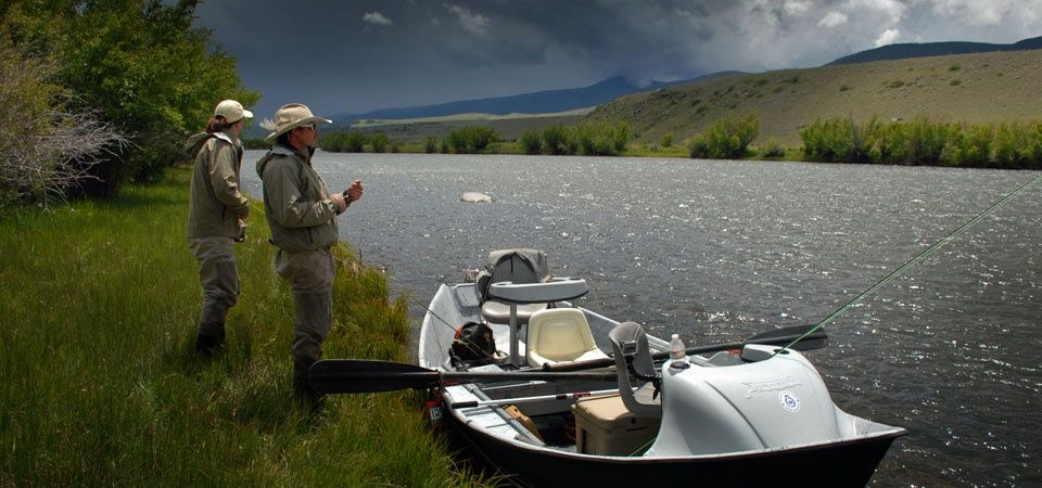 Rain bow valley lodge fly fishing lodge fly dreamers for Montana fishing lodges