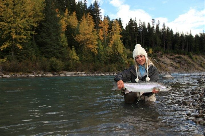 Nicholas dean lodge fly fishing lodge fly dreamers for Fly fishing british columbia