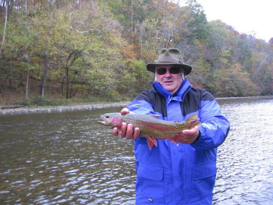 Watauga river lodge fly fishing lodge fly dreamers for Watauga river fishing
