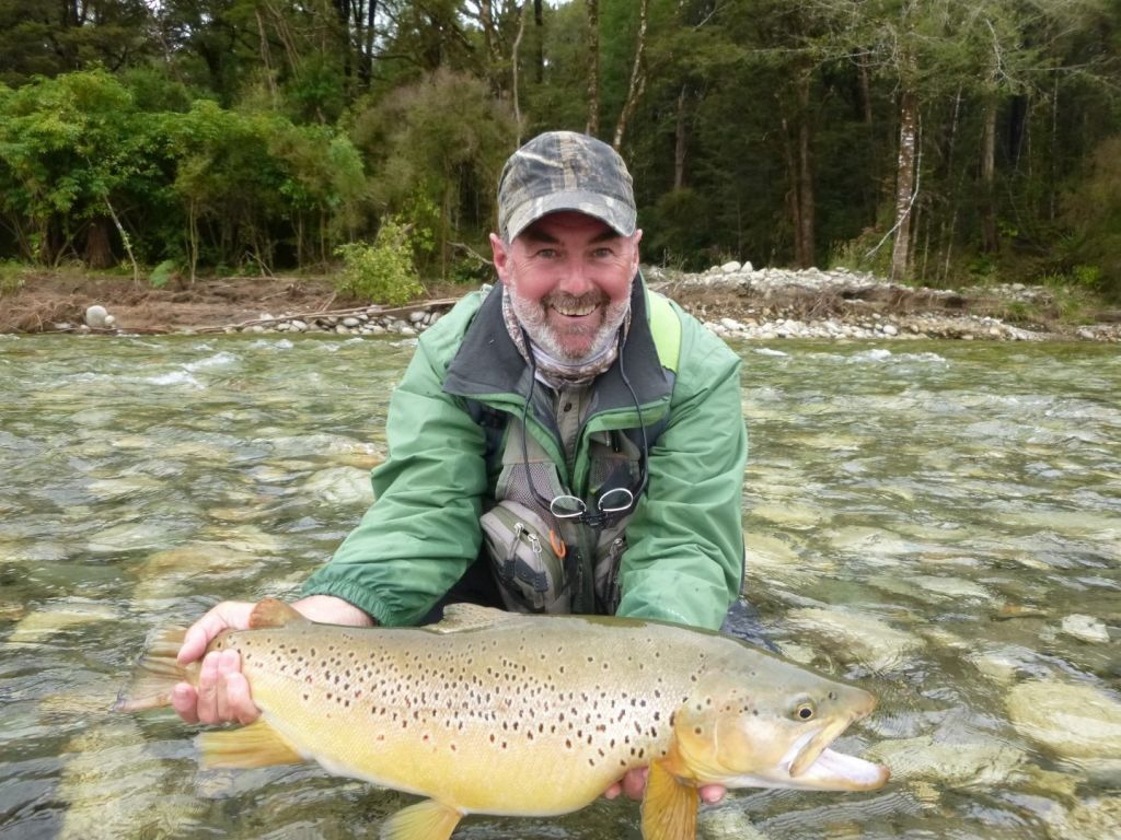 South island adventure fly fishing fly fishing guide for Fly fishing flies chart