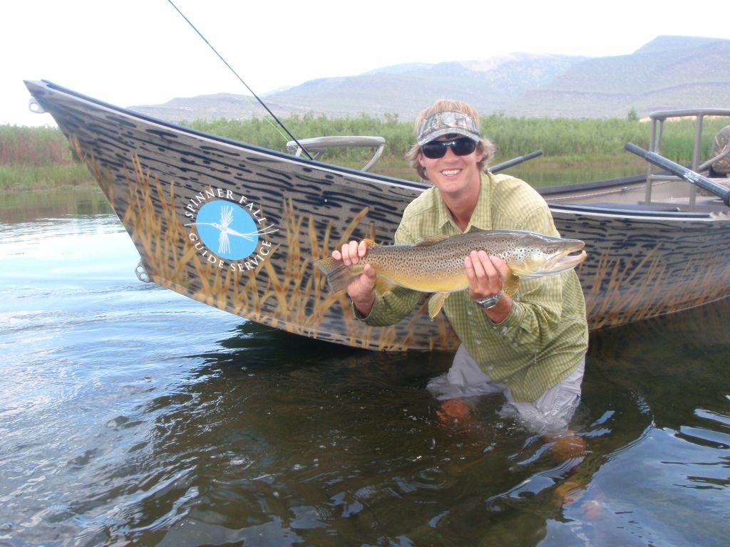 Spinner fall guide service fly fishing outfitter fly for Fly fishing outfitters