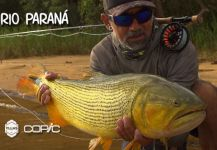 Kid Ocelos 's Fly-fishing Picture of a Golden Dorado | Fly dreamers