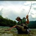 Río Soca a streamer. ESLOVENIA FLY