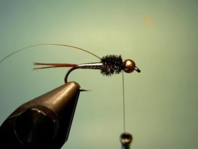 Fly tying - Lightning Bug (variation) - Step 6