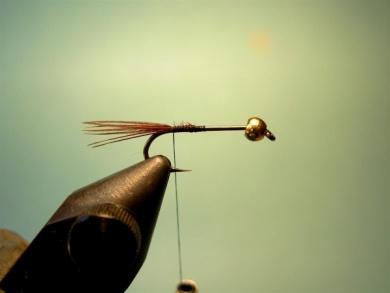 Fly tying - Lightning Bug (variation) - Step 2