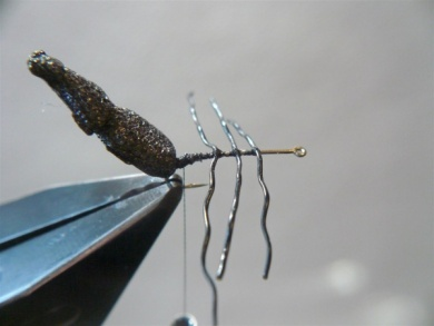 Fly tying - Gaja's Winged Fishing Beetle - Step 10