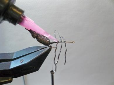 Fly tying - Gaja's Winged Fishing Beetle - Step 11