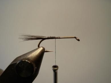 Fly tying - Montana Stone - Step 1