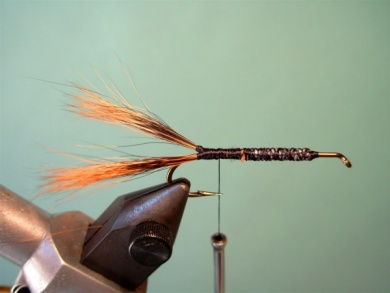 Fly tying - Brown´s Crayfish - Step 3