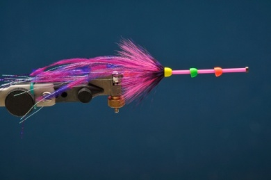Fly tying - MM Russian Intruder - Step 4