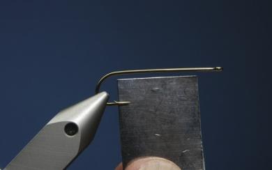 Fly tying - Zonker Variation - Step 1