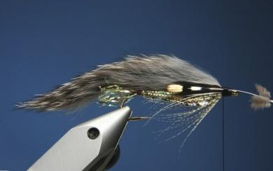 Fly tying - Zonker Variation - Step 10