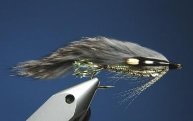 Fly tying - Zonker Variation - Step 11