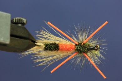 Fly tying - PMX Sparkle Orange - Step 13