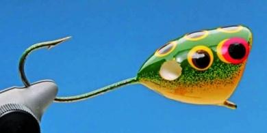 Fly tying - Mc Nally Frog Popper - Step 3