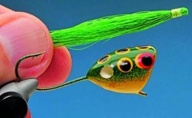 Fly tying - Mc Nally Frog Popper - Step 7