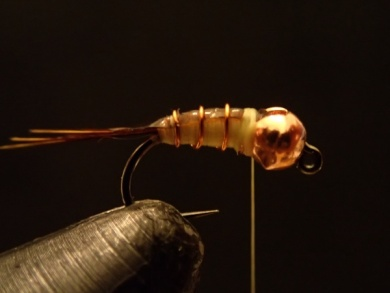Fly tying - Sulphur on a Jig Hook - Step 8
