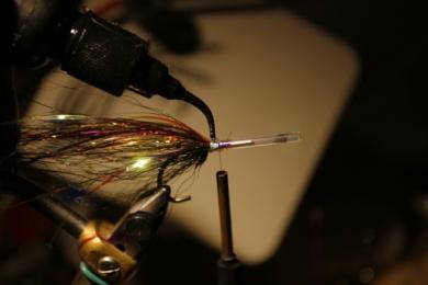Fly tying - Weedless Optic Minnow feat. Brad Bohen - Step 8