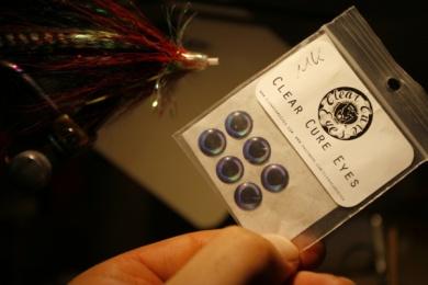Fly tying - Weedless Optic Minnow feat. Brad Bohen - Step 20