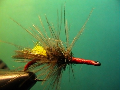 Fly tying - Grayling Attractor - Step 8