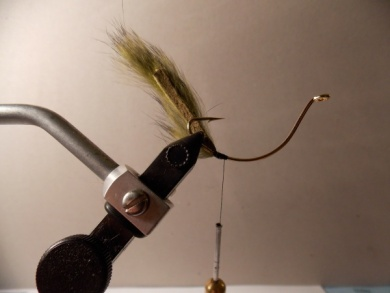 Fly tying - Crazy Crawdad HPU - Step 2