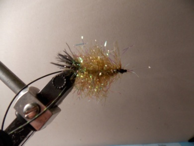 Fly tying - Crazy Crawdad HPU - Step 10