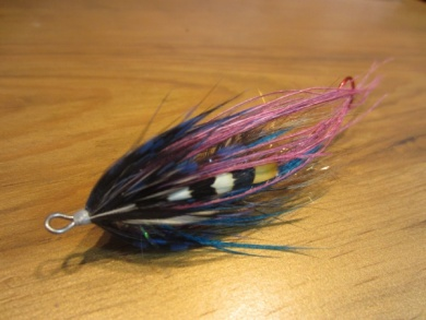 Fly tying - Blue & Pink - Step 21