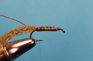 Fly tying - Whitlock's Sowbug - Step 3