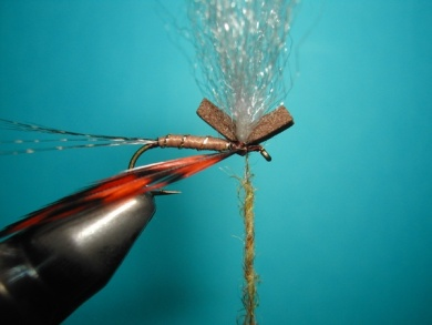 Fly tying - My parachute spent. - Step 5