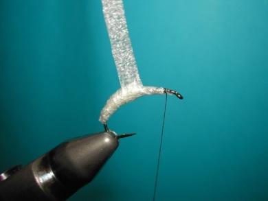 Fly tying - Caddis emerger - Step 3