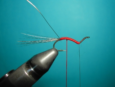 Fly tying - Hook bent fly - Step 6