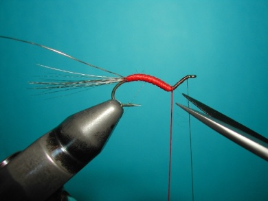 Fly tying - Hook bent fly - Step 7